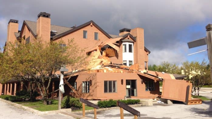 Tuesday night Storm damages Pico buildings