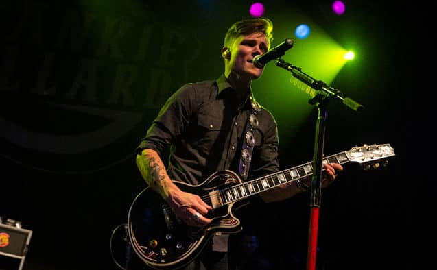 Country artist Frankie Ballard performs at Pickle Barrel