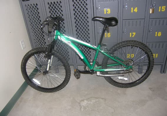 Armed robbery suspect crashes getaway bike