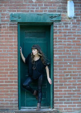 Sarah Blacker holds release party for new album at Brandon Music
