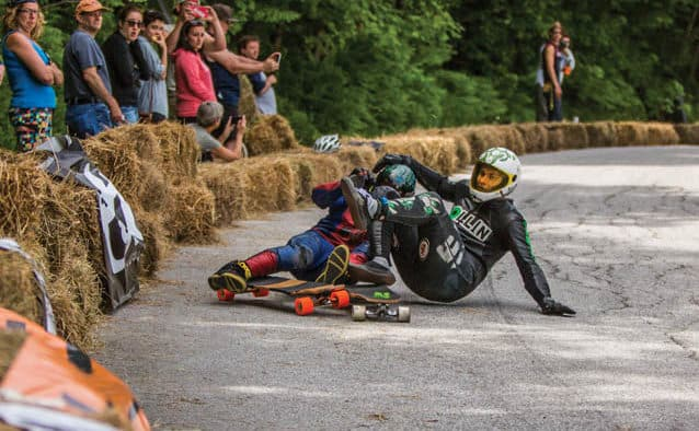 2015 Downhill Throwdown attracts speed-seekers