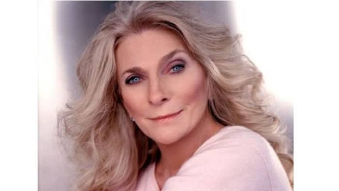 Folk legend Judy Collins performs holiday show in Woodstock