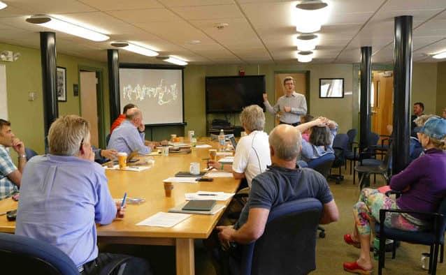 Academic symposium held at KMS trustees meeting