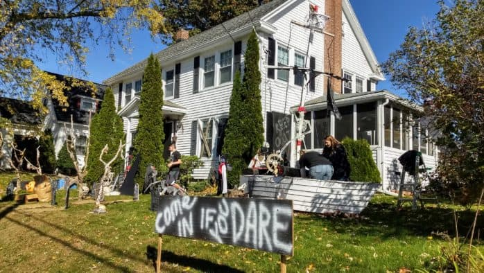 Rutland residents decorate their houses for Halloween