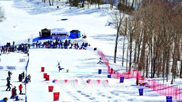 NorAm Cup: Moguls Challenge Skiers (Photos)