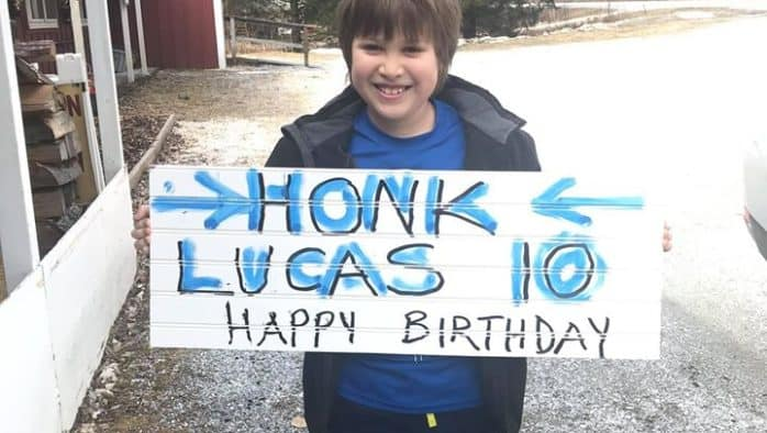 Community celebrates 10-year-olds birthday with drive-by honks