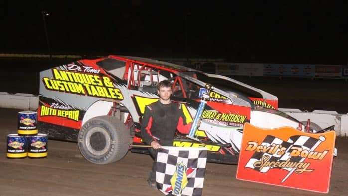 Brothers sweep Sportsman and Limited features at Devil's Bowl Speedway, Sunday
