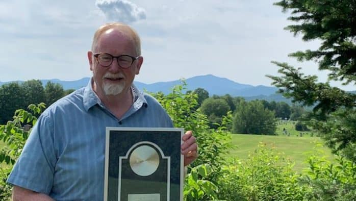 Rep. Dave Yacovone, receives Lifetime Achievement Award from Prevent Child Abuse Vermont!